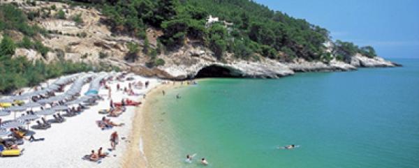 Motoclub Gargano/ Presentato ai proprietari degli stabilimenti balneari di Vieste, Peschici e Rodi, il progetto SOS BIMBI VIESTE per la ricerca di bambini scomparsi in spiaggia.