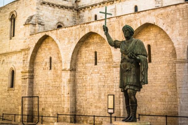 Colosso Barletta svela età, 1.600 anni. Indagine degli esperti università 'Bicocca' Milano.