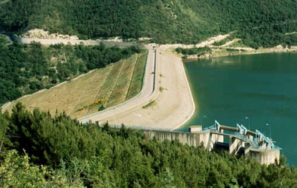 """Confagricoltura/ """"L'acqua della diga di Occhito finita in mare. Perduti quest'anno 133 milioni di metri cubi""""."""