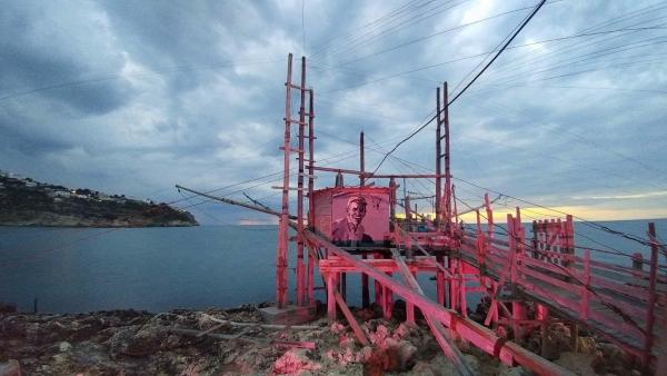 Benvenuto al Giro d'Italia: Peschici lo attende vestito di rosa.
