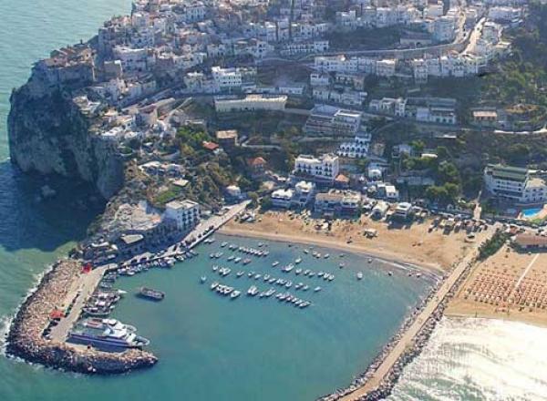Peschici/ Porto turistico, al via i lavori per il dragaggio dei fondali. L'area può essere utilizzata per...