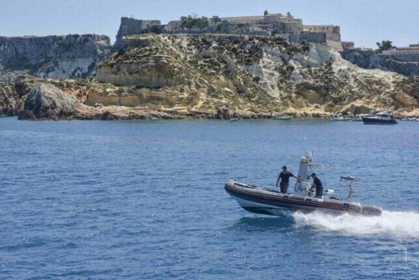 Isole Tremiti/ Coste più sicure con il battello dell´arma dei Carabinieri