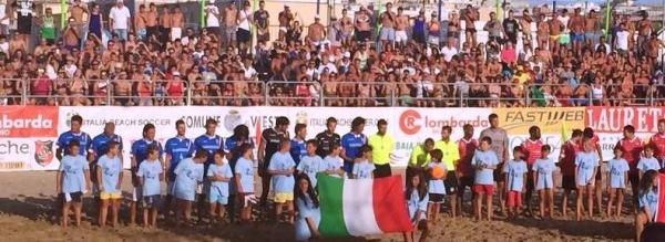 Parate, contrasti, rovesciate e tanti gol: questo e molto altro è il campionato mondiale di beach soccer