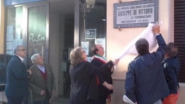 """Rodi/ Sinistra Italiana – Gargano: """"Rimettete la Targa in ricordo di Giuseppe Di Vittorio al suo posto."""