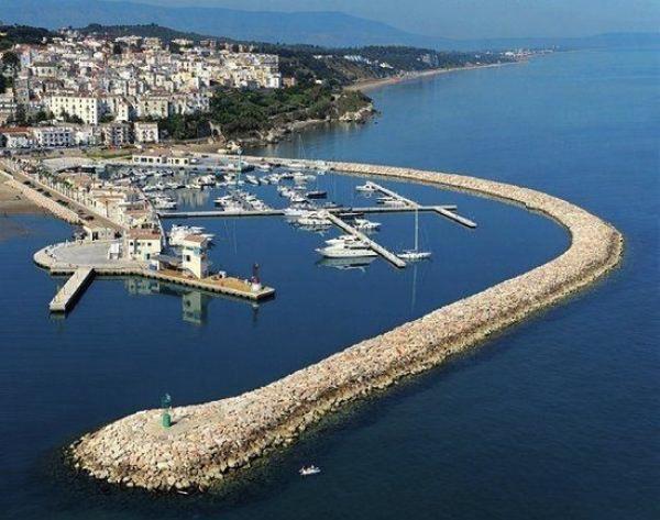 Dalla Regione via al dragaggio al Porto di Rodi Garganico e al bus Aeroporto Bari-Gargano