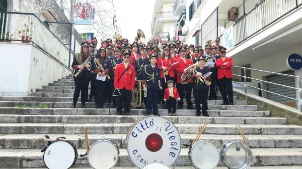Vieste/ Domenica la S. Cecilia insieme delle Bande viestane lungo le strade della città