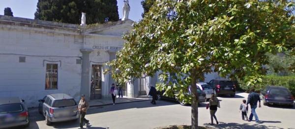 Vieste/ I nuovi orari di apertura e chiusura del cimitero comunale