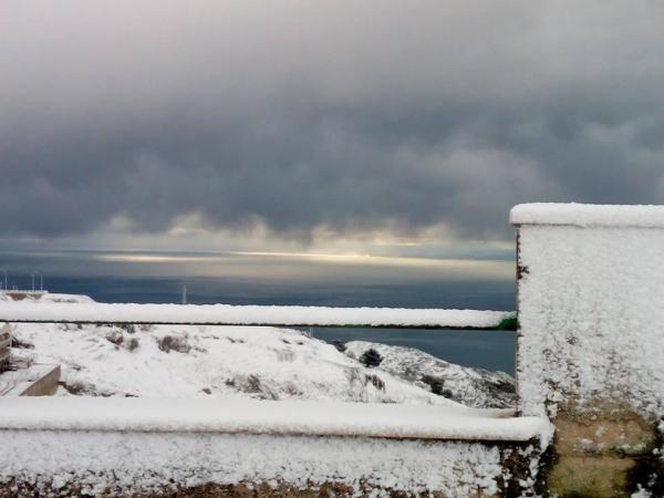 Prima neve sul Gargano: imbiancata Monte S.Angelo e la Foresta Umbra