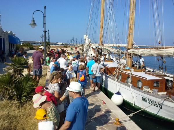 Pubblicato il Bando per l'affidamento di concessione beni demaniali nel porto turistico di Vieste